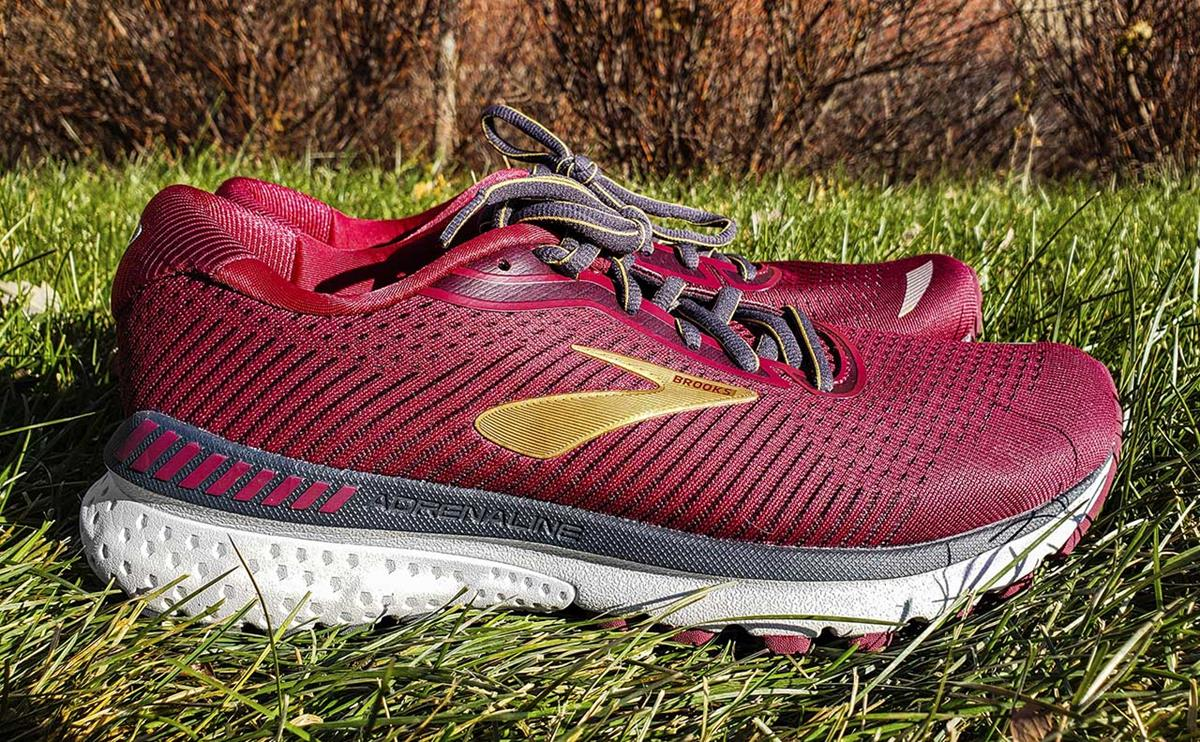brooks adrenaline gts 20 womens