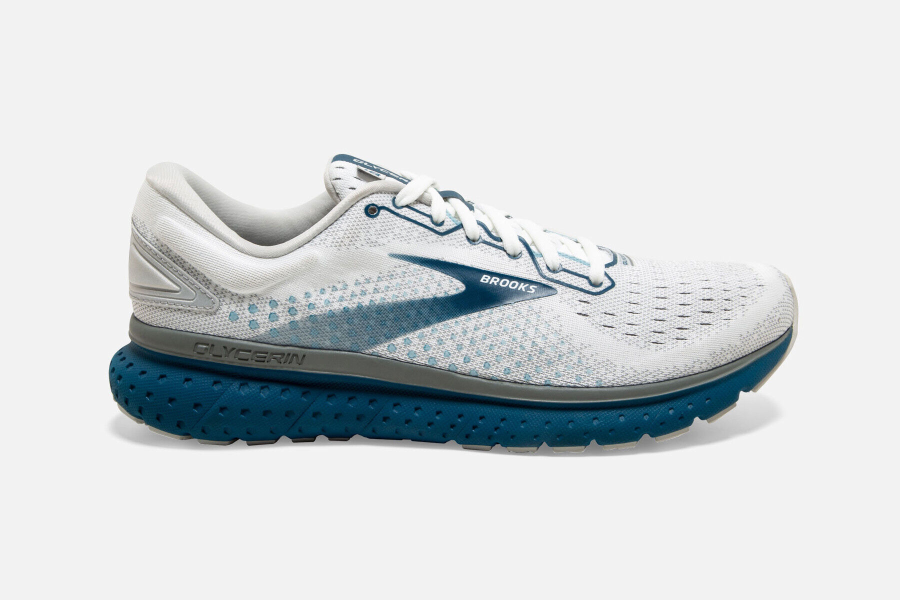 brooks running shoes
